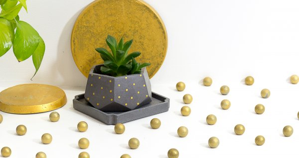 Concrete T Mark Planter