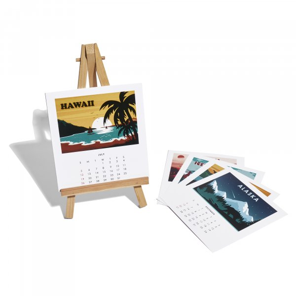 World Traveller - Desk Calendar 2020