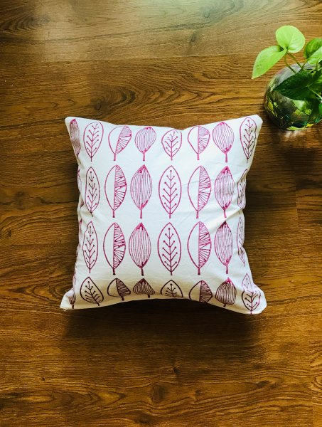 Old Pink leaves Cushion Cover