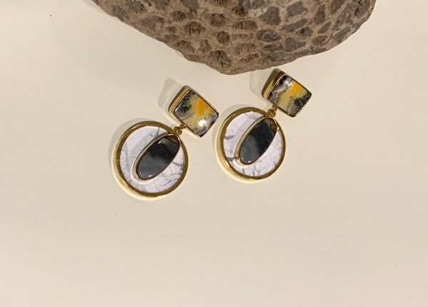 Quirky Eyed Earrings