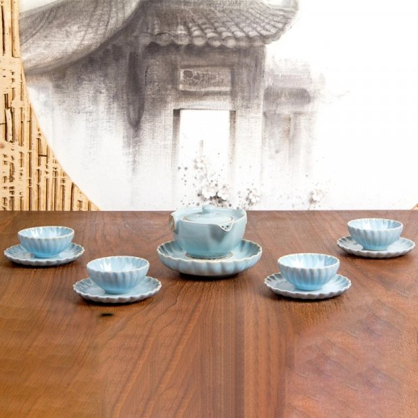Chinese Swirls Tea Set
