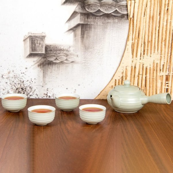 Eastern Moon Tea Set